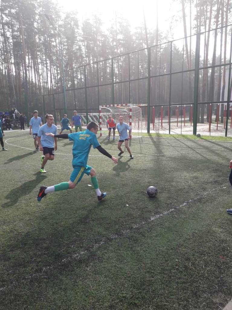 Соревнования по мини-футболу и волейболу