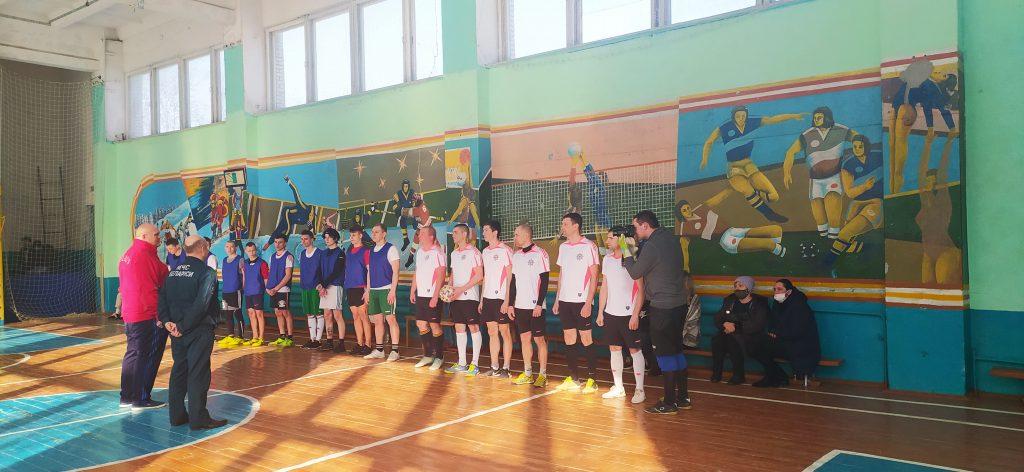 Дружеский матч по мини-футболу между командами РОЧС и лицея.